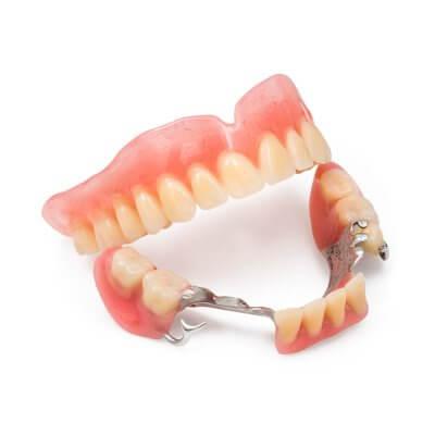 Установка бюгельных зубных протезов в Стоматологии Бюро 32