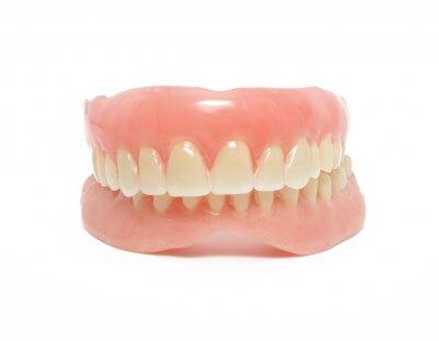 Установка полного съемного зубного протеза в Стоматологии Бюро 32
